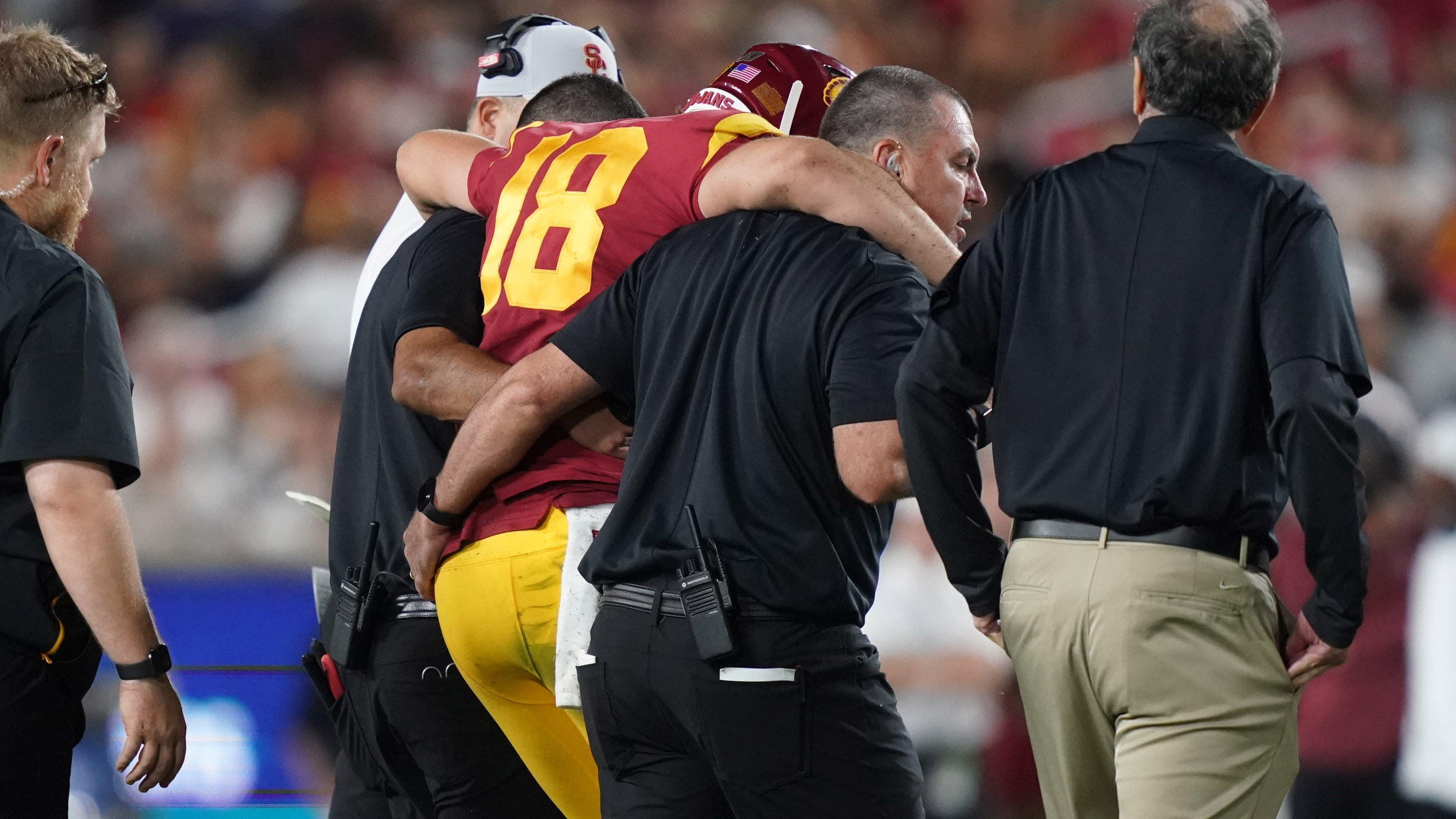 USC starting quarterback JT Daniels out for the season with knee injury