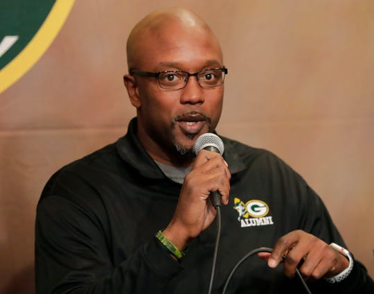 Former Green Bay Packers running back Tony Fisher was Monday's guest on Clubhouse Live in Appleton. Fisher is currently the team's player and alumni specialist.