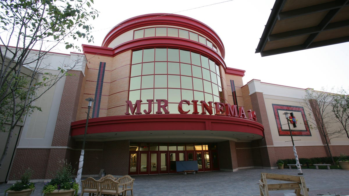 Metro Detroit movie theaters grateful for ropening, but...