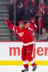 Red Wings defenseman Niklas Kronwall announced his retirement Tuesday.