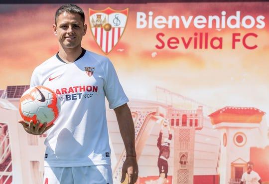 Javier 'Chicharito' Hernández regresa a la ligas española para jugar con el Sevilla.