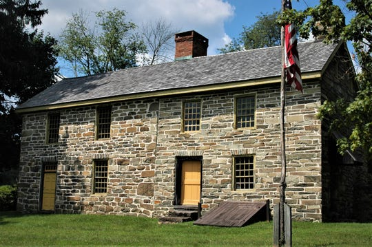 Built in 1755 by William Edmonston, this stone house was used during the Revolutionary War by Continental Army generals Haratio Gates and Arthur St. Clair. Located along Route 94 in Vail's Gate, Orange County, the site is open to the public on Sundays and for special events.