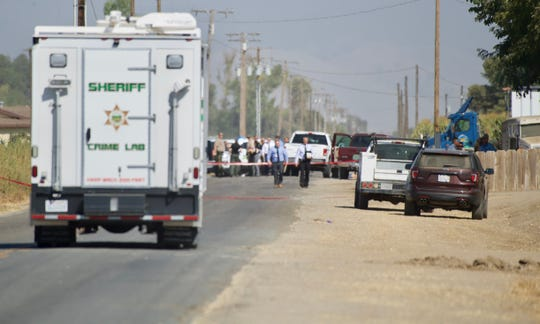 Tulare County detectives are investigating a deadly shooting near Avenue 352 and Road 112.