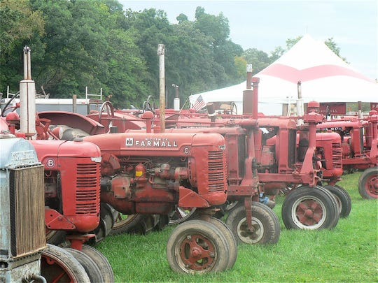 Farmalls: the featured tractor.