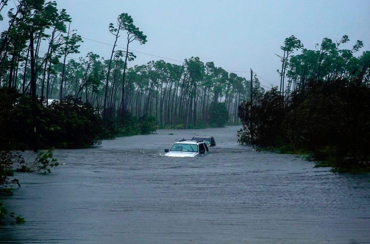 Hurricane Dorian update: Lashes Florida coast with wind, rain