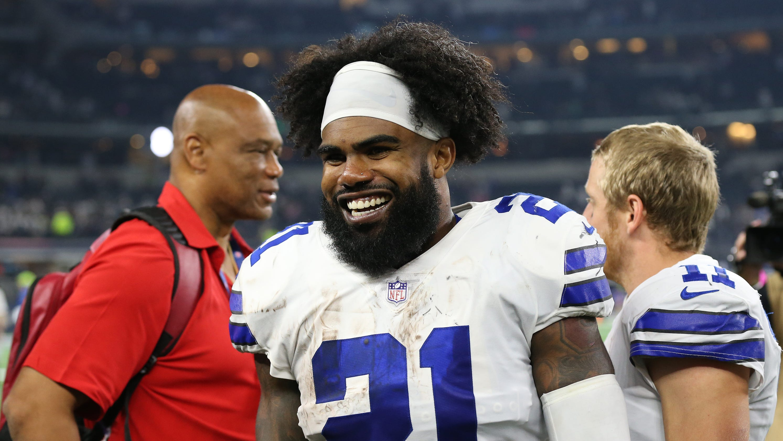 watch 6e55d 4c173 Ezekiel Elliott: Cowboys reach big deal to end star RB's holdout