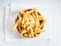 'Picky' teen goes blind after diet of only fries and chips, study says