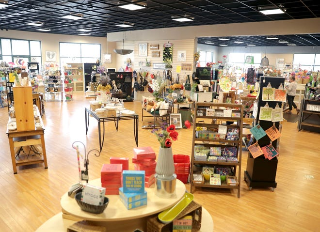 Scatter Joy is a gift and home store closing in October in Grand Chute.