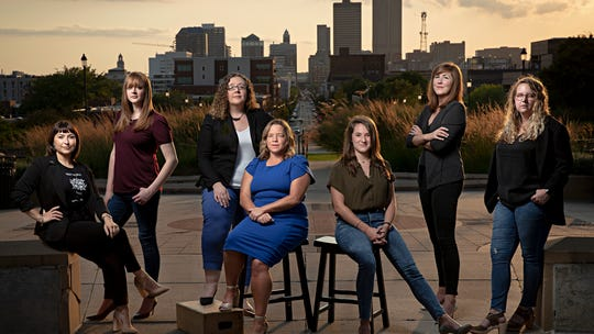 'It's becoming the norm:' A record number of female directors are leading Iowa caucus campaigns
