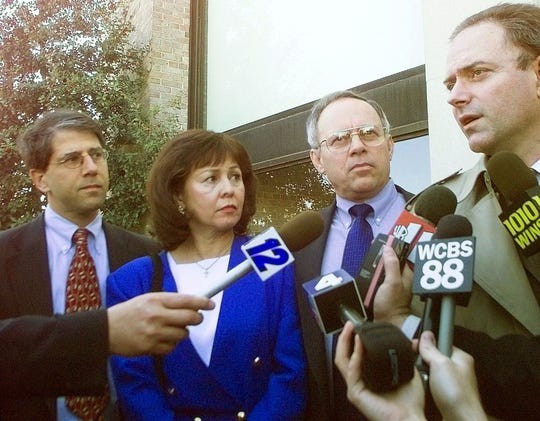 Bruce Maffeo, right, seen in 1999, has been hired as the defense attorney for UAW President Gary Jones