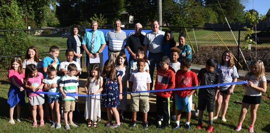Pleasant Ridge students and administrators recently dedicated the school's new outdoor classroom.