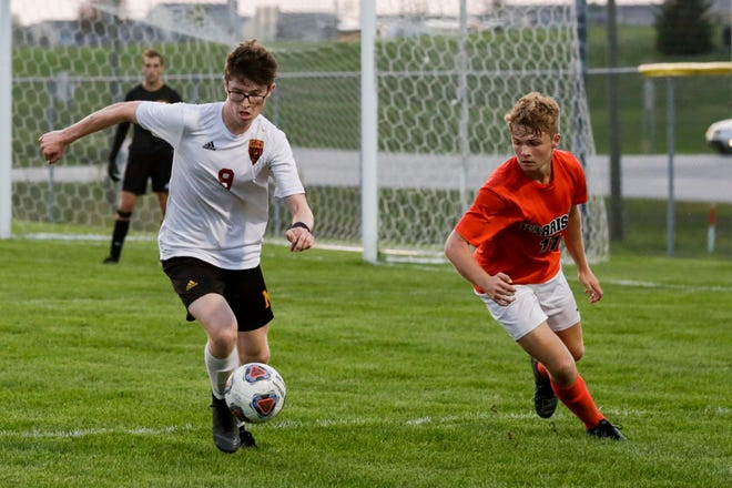 Tyler Raplee's goal Monday helped McCutcheon to its fifth straight win.