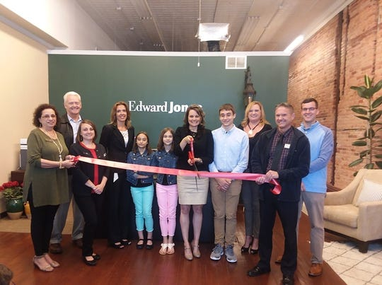 The Marion Area Chamber of Commerce Ambassadors had a ribbon cutting in celebration of Amy Fredritz opening a new Edward Jones office in Marion.
