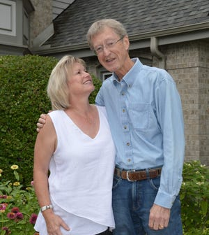 In 2011, Tom Buelow of Pewaukee was diagnosed with kidney disease. His wife, Karen Buelow, is running a campaign to find a living kidney donor for him.