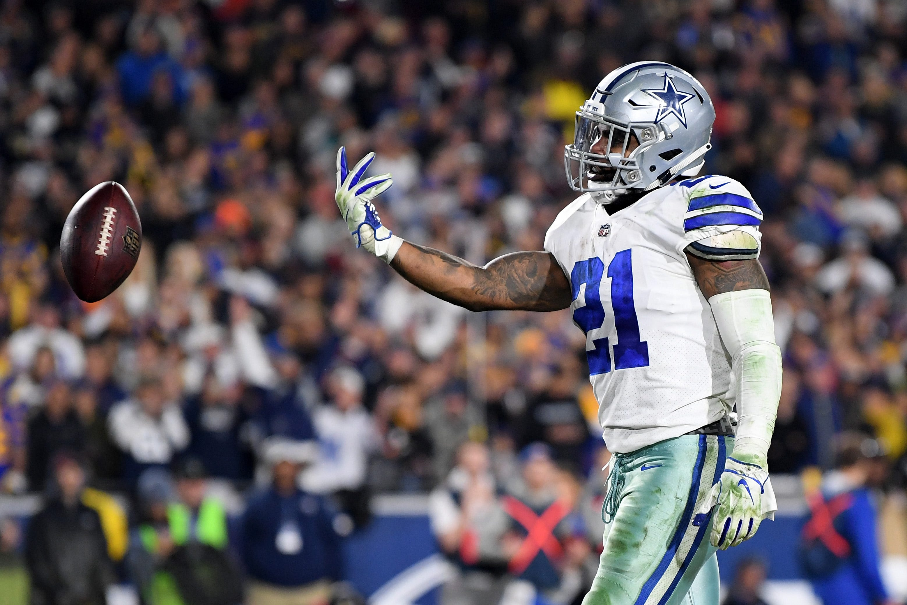 hot sale online 39476 b7d25 Dallas Cowboys RB Ezekiel Elliott got paid while owner Jerry Jones got  played