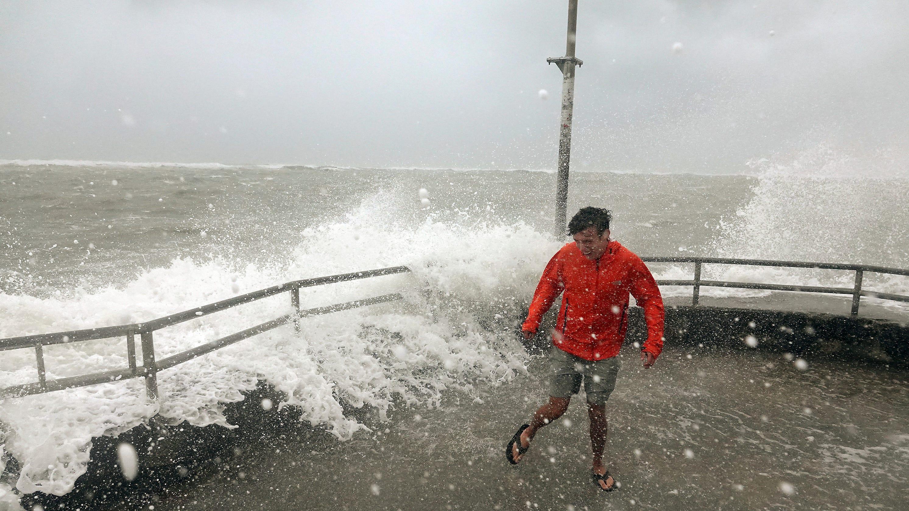 Westlake Legal Group 97858bfa-e57e-4448-8044-4cfa8604c814-florida_storm As Hurricane Dorian rolls toward the Carolinas, 1 million people ordered to evacuate