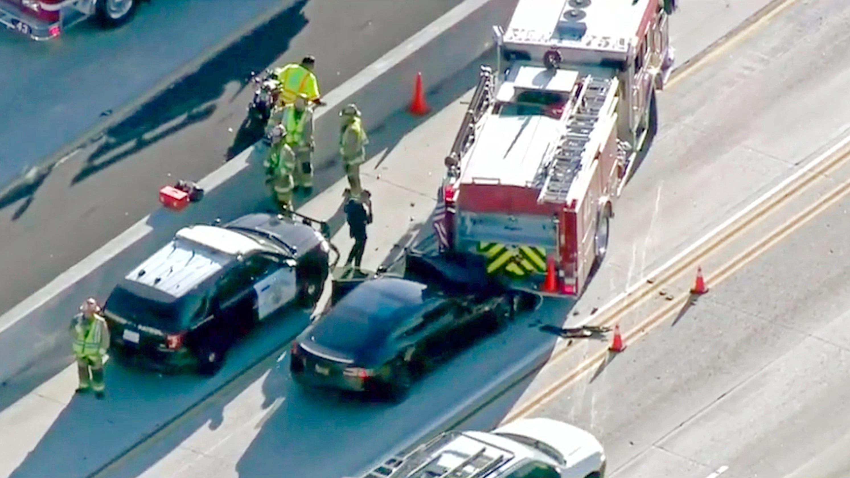 Tesla Autopilot crash: 2014 Model S crashed into firetruck