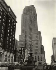 1968: Carew Tower rises above Fountain Square the the Albee Theater.