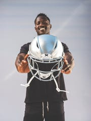 Antonio Brown shows off his new Xenith helmet.