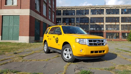 2012 Ford Escape Oil Type >> Road Test A 2012 Ford Hybrid New York Taxi With 400 000 Miles