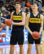 Jon Teske, left, and Colin Castleton
