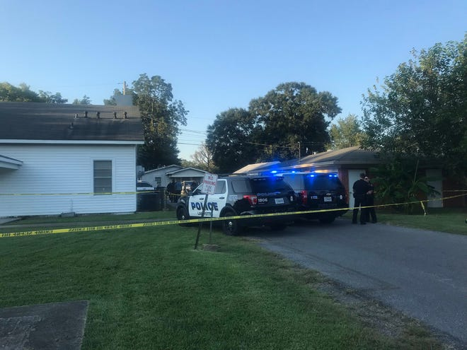 Lafayette Police respond to a shooting that left one man dead on Sept. 4, 2019.