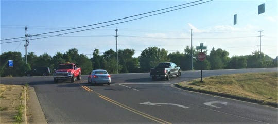Drivers seek to make challenging turns Wednesday (Sept. 4, 2019) in heavy traffic at the Medical Center Parkway intersection at Asbury Lane near Interstate 24 in Murfreesboro.