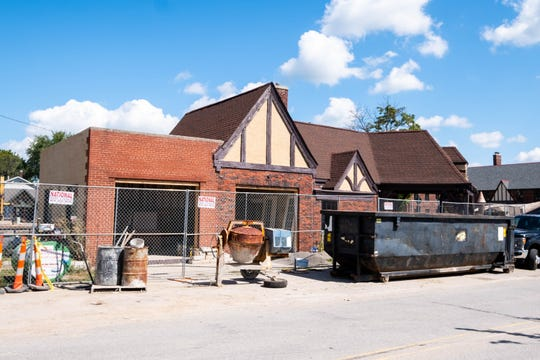 The developer of the St. Clair Inn is being given multi-year tax breaks for the building that is going to be a Starbucks.