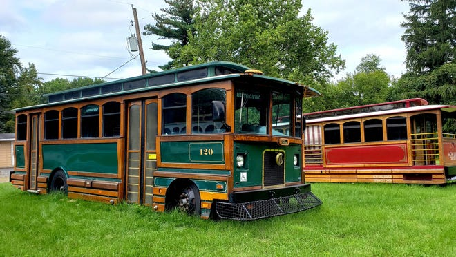 Buses made to look like retro trolleys will be up and running in York City this fall.