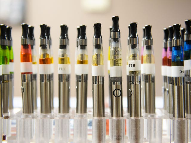 Vaping oversight is a top concern: HHS, FDA, CDC