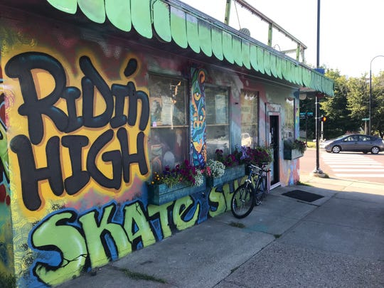A bicycle is parked at the Battery Street entrance to Ridin' High Skate Shop on Aug. 23, 2019.