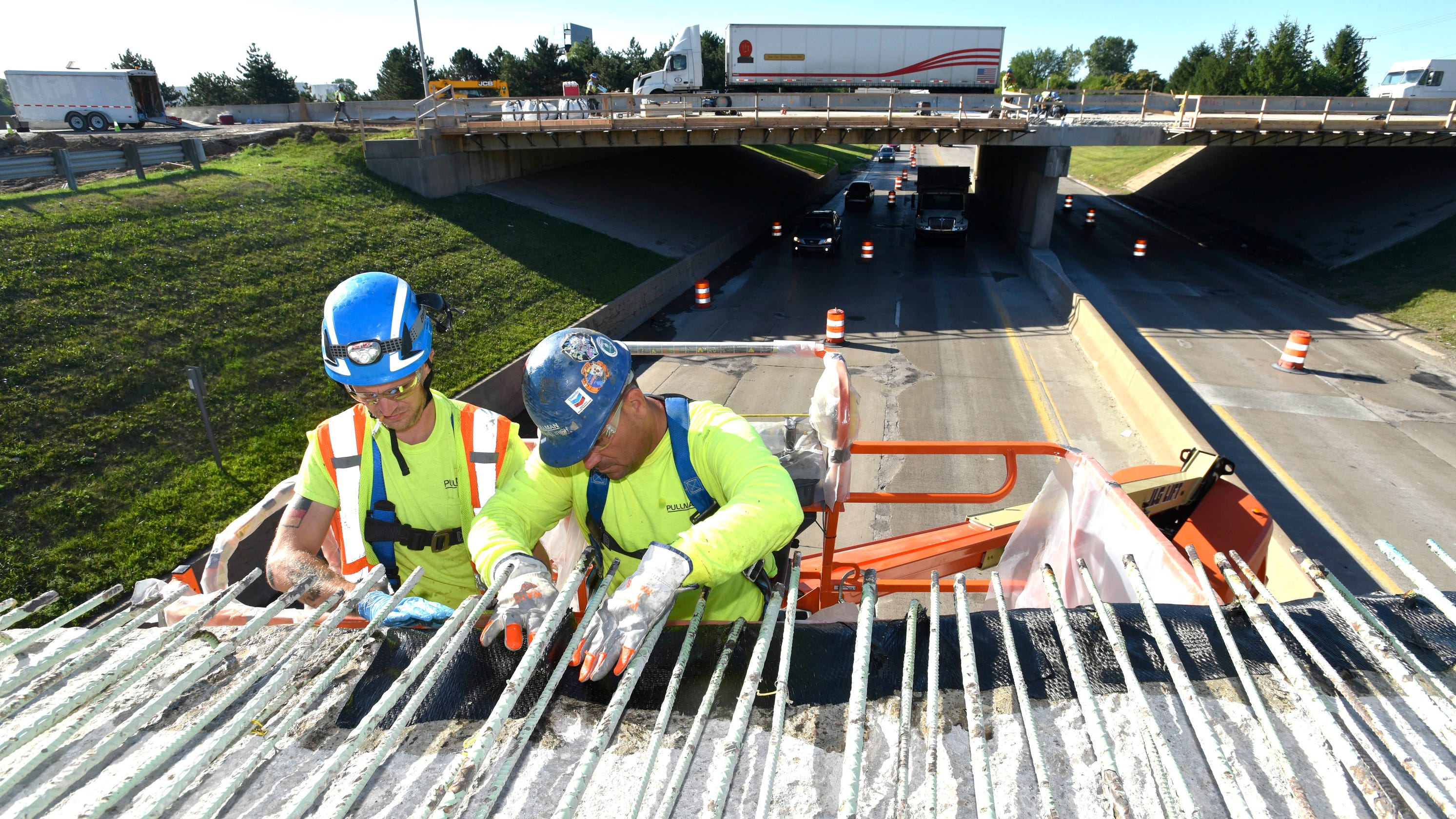 More spending on Michigan roads blunted by rising costs