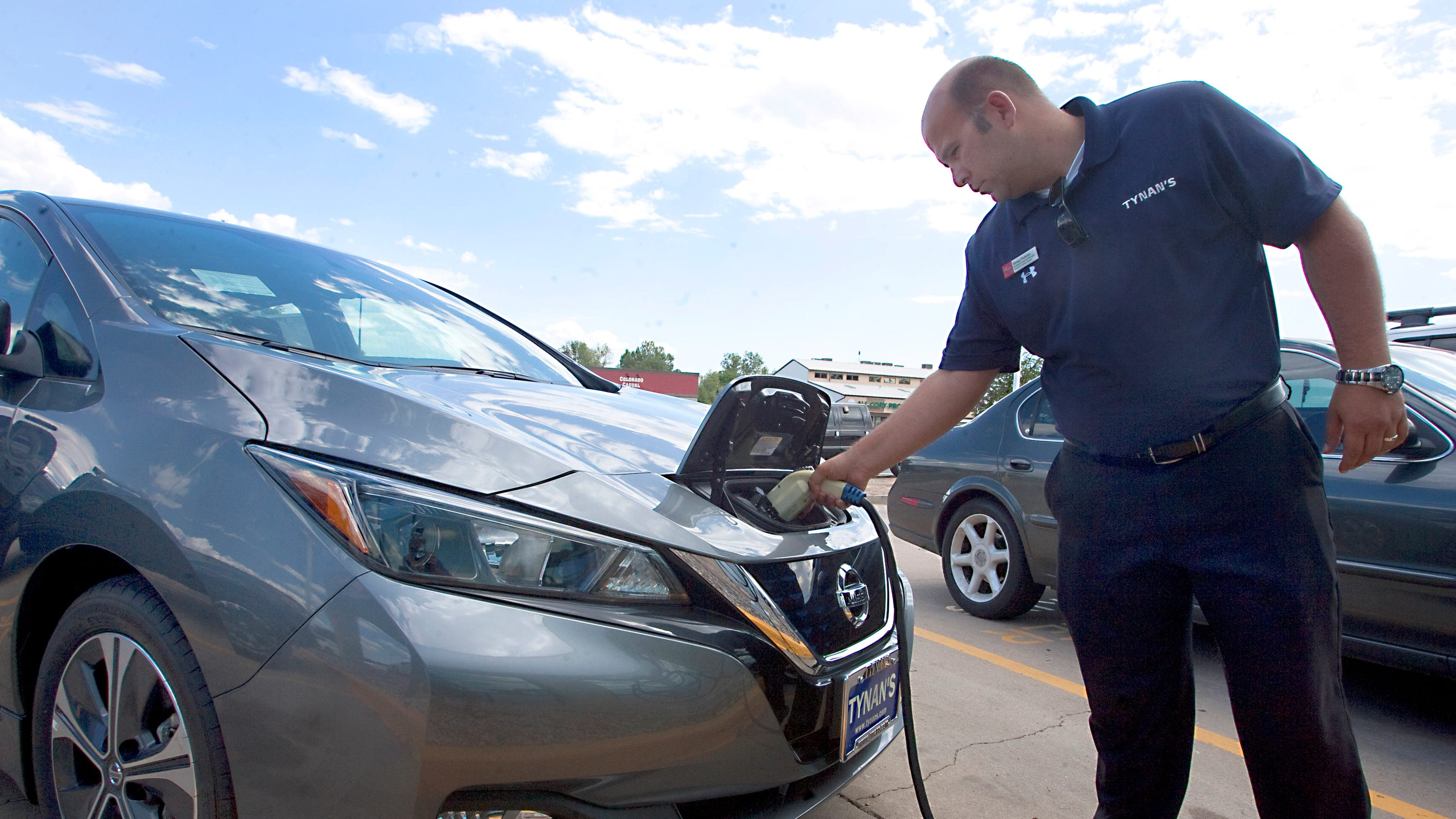 Tynan'S Nissan Fort Collins >> Fort Collins Wants You To Buy Electric Cars To Help Climate