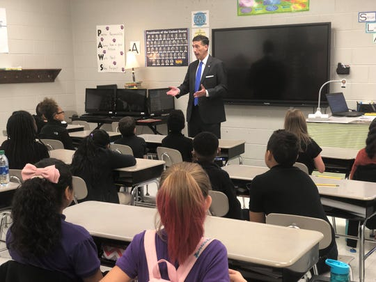 Congressman David Kustoff talks to Samantha Bremer's fifth grade class at Thelma Barker Elementary Thursday morning before reading to them.