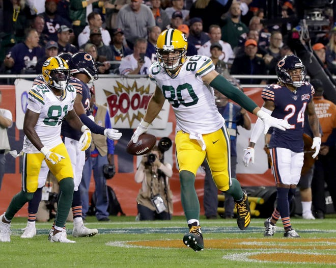 Green Bay Packers tight end Jimmy Graham (80) celebrates after a touchdown catch during the 1st half of the Green Bay Packers Chicago Bears football game at Soldier Field in Chicago on Thursday, Sept. 5, 2019.  Photo by Mike De Sisti/Milwaukee Journal Sentinel  ORG XMIT: DBY1