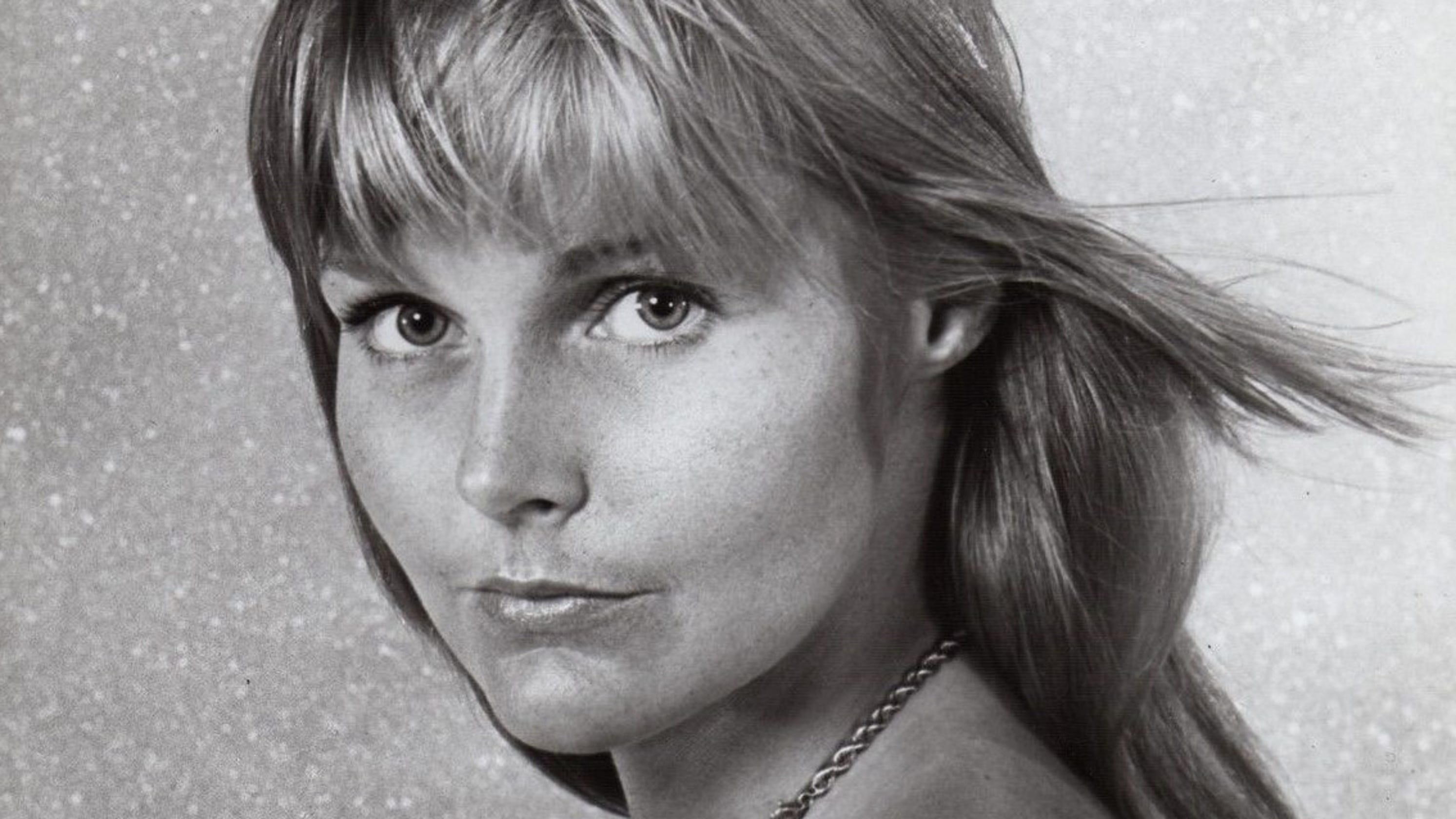 Carol Lynley, star of 'The Poseidon Adventure' and 'The Night Stalker,' dies at 77