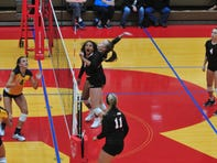ROUNDUP: Richmond volleyball loses heartbreaker
