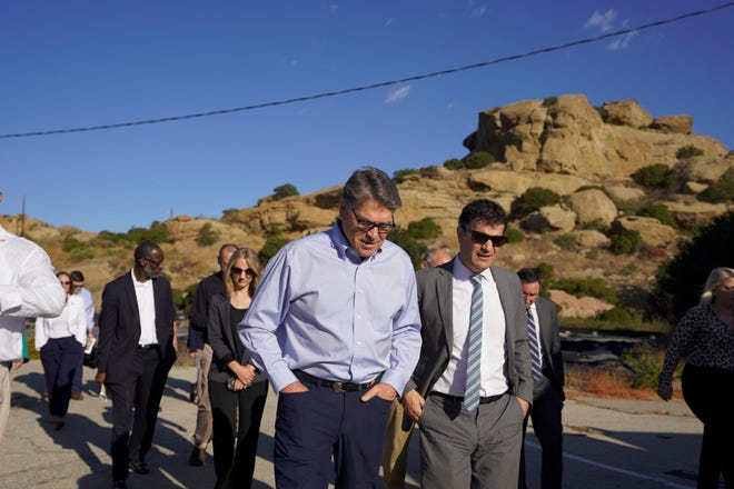 U.S. Energy Secretary Rick Perry on Sept. 6 toured his department's portion of the contaminated Santa Susana Field Laboratory, which the agency is responsible for cleaning up.