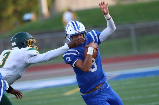 High school football: Evan Prater leads Wyoming to shutout