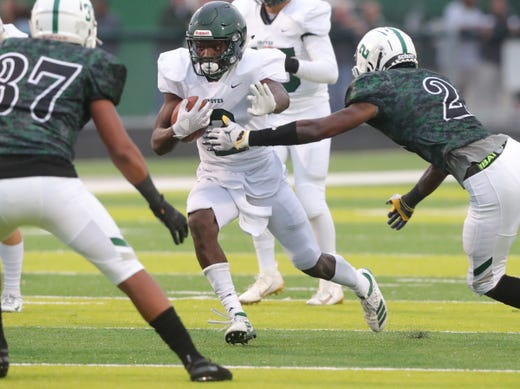 Cameron Martinez (OSU commit) thrills for Muskegon in win