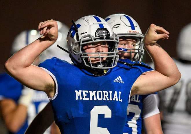 Brock Combs, celebrating a touchdown against North, will lead Memorial into its rematch against Central on Friday night for the Class 4A sectional title at Central Stadium.