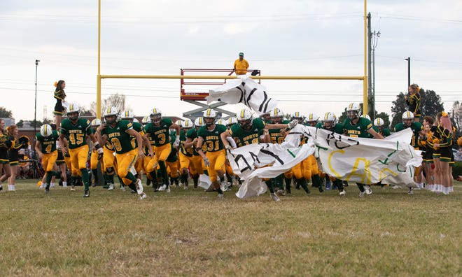 The North Bullitt Eagles take to the field.