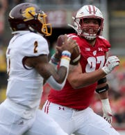 Wisconsin defensive end Isaiahh Loudermilk has four tackles, four passes broken up and one forced fumble.