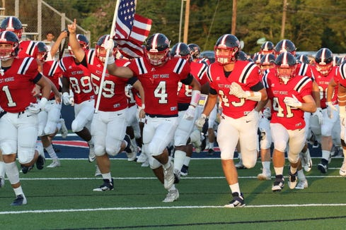West Monroe returns to Independence Bowl Stadium for the second straight week to face the Longview Lobos from Texas.