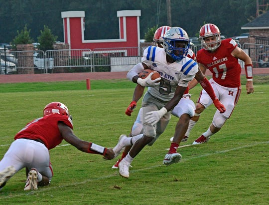 Red River's Markell Washington (5) earned the Player of the Week honor due to a dazzling performance against Mansfield in Week 3.