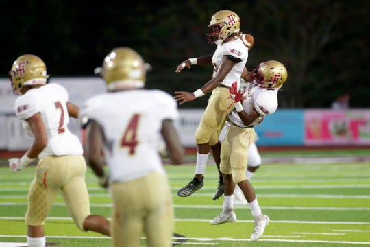 The Florida High Seminoles beat the Chiles Timberwolves 20-19 Friday, Sept. 6, 2019.