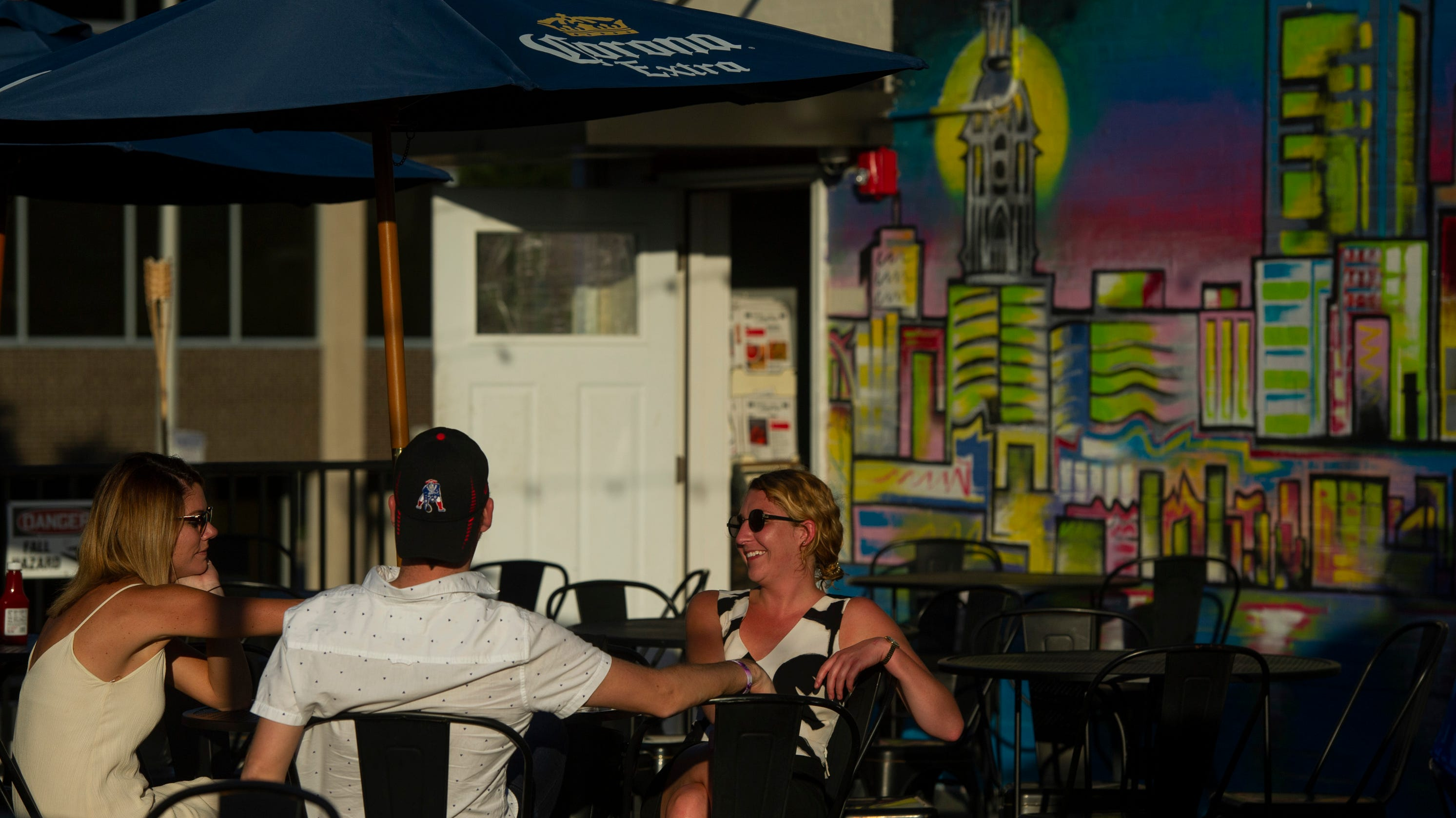 Downtown Evansville Patio Dining