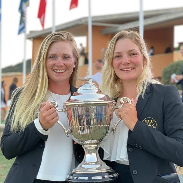 Frida Kinhult (left) currently sits as the no. 3 women's golf amateur in the world.