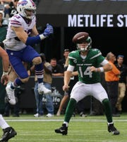 Trent Murphy of the Buffalo Bills bats down this Sam Darnold of the NY Jets pass to help seal their win in the 2019 season opener between the Buffalo Bills vs the New York Jets from MetLife Stadium in East Rutherford, NJ on September 8, 2019.