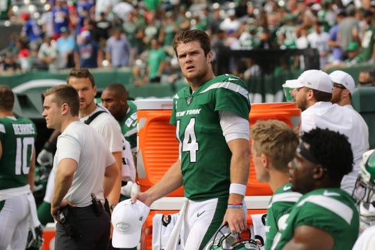 Sam Darnold of the Jets on the sidelines as his teamÕs lead slipped away in the fourth quarter during the 2019 season opener between the Buffalo Bills vs the New York Jets from MetLife Stadium in East Rutherford, NJ on September 8, 2019.